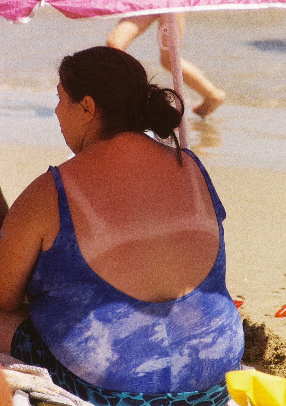 Denise Lobont, Woman on Eforie Sud Beach no. 2, 2021, © Denise Lobont