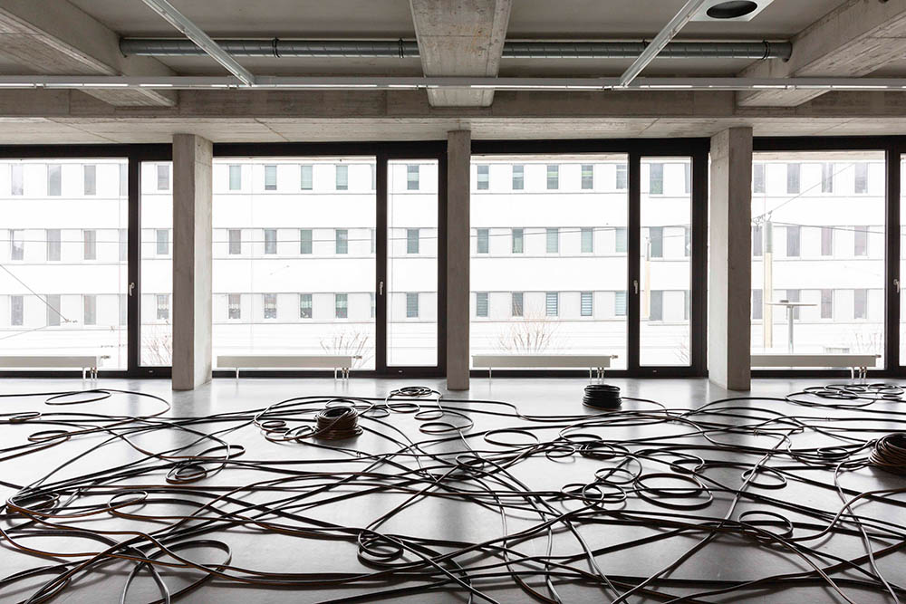 Ausstellung: Schlauchtechnik I Künstlerin: atelier