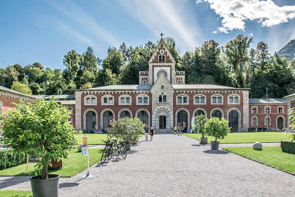 Die KunstAkademie Bad Reichenhall ist im Industriedenkmal Alte Saline aus dem 19. Jahrhundert untergebracht. Bildnachweis: Berchtesgadener Land Tourismus