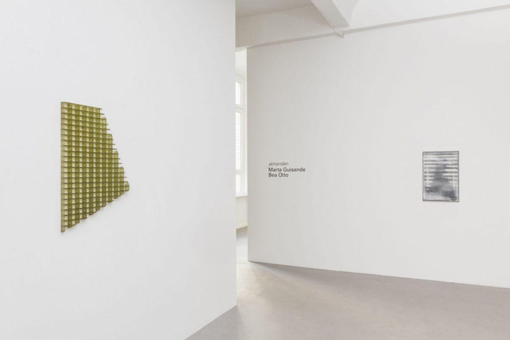 Marta Guisande | Bea Otto | abhanden | Exhibition view 2021 | From left to right: Bea Otto | Marta Guisande | Courtesy the artists & kajetan Berlin | Photo: Marcus Schneider
