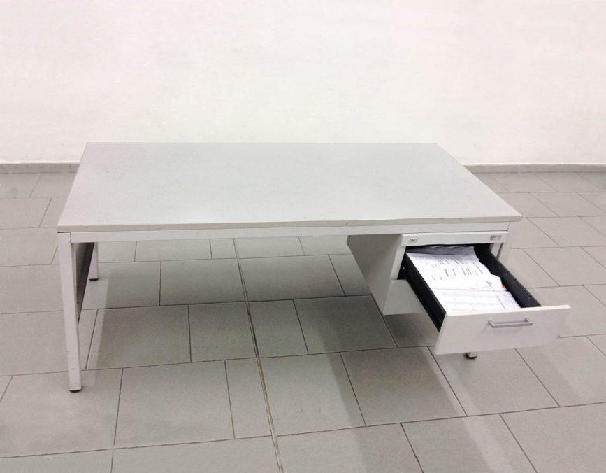 Max Mondini, Ho trovato più verità nelle bugie che bugie nelle verità (2012), Folded staples, aluminum chair. Environmental dimensions (2 x 3.5 and 3.6 x 0.2 cm)