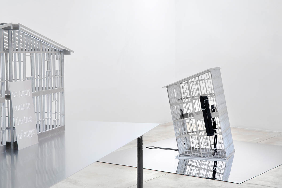 Monica Bonvicini, Stagecage, courtesy Galerie Krinzinger and the artist, Foto: Anna Lott Donadel
