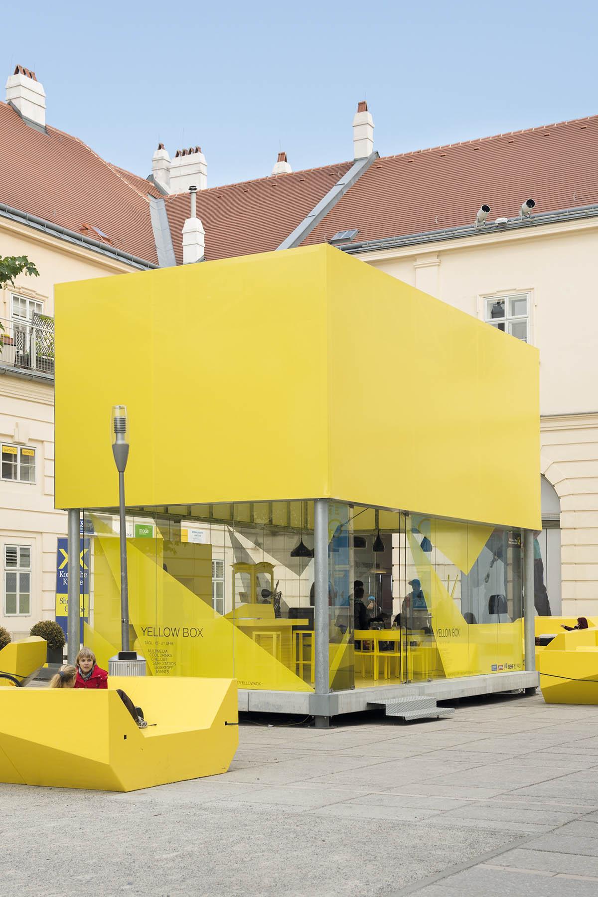 Plattform. MQ Art Box Wien